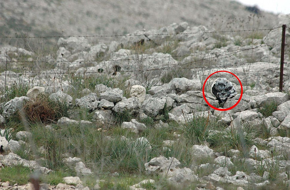 Flickr - Israel Defense Forces - Explosives Camouflaged as Rocks Planted Found on Border (1)