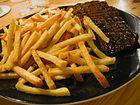 Flickr - cyclonebill - Bøf med pommes frites (1)