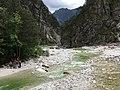 Flussbett Torrente Glagno, Moggio Udinese, Italien.jpg