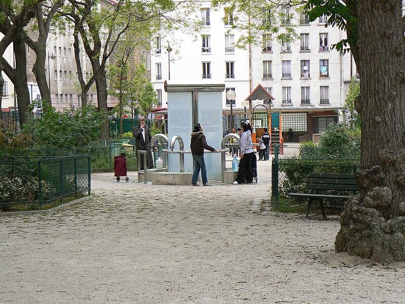 Fichier:Fontaine de la Madonne.jpg