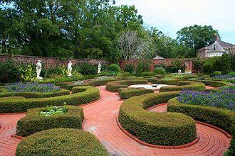 Formal garden - Image: Formal garden Tryon Palace, North Carolina