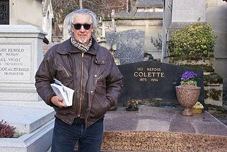 Gary Jeshel Forrester - Forrester at the tomb of French novelist Sidonie-Gabrielle Colette, Cimetière du Père-Lachaise, Paris, 2012