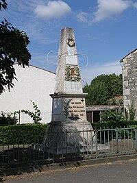 Foye-Monjault - Monument aux morts.jpg