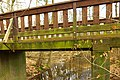 Fußgängerbrücke über den Scheuermühlenbach, Naturdenkmal Scheuermühlenteiche, Naturschutzgebiet Wahner Heide.jpg