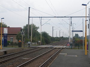 Double-track railway - Double track on the Lille-Fontinettes railway at Steenwerck between Gare de Lille Flandres and Calais Ville.