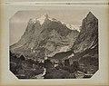 Gezicht op Grindelwald met op de achtergrond de Wetterhorn Grindelwald. L'Eglise et le Wetterhorn (titel op object), RP-F-F01134-BP.jpg