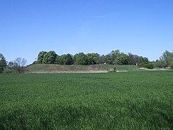 Wczesnośredniowieczne grodzisko wGieczu