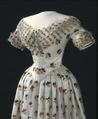 Glittrig klänning från 1800-talet - Livrustkammaren - 81615.tif