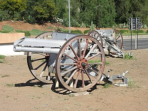 Ordnance BLC 15-pounder - Open-air display of two surviving examples in Graaff-Reinet, South Africa