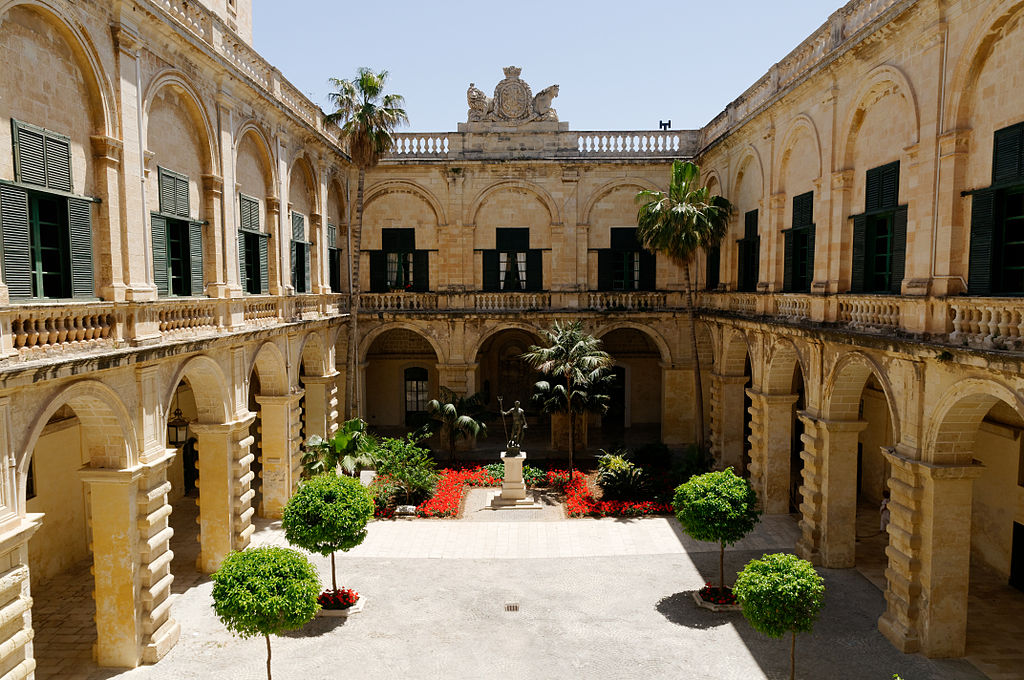 Grandmasters Palace Valletta n10.jpg
