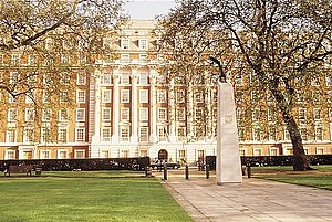 View of the Millennum Hotel London Mayfair from Grosvenor Square