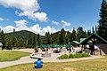 Grouse Mountain visitors terrace (44673103922).jpg