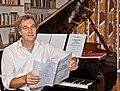 Gunter Waldek Partitur-am-Klavier.jpg