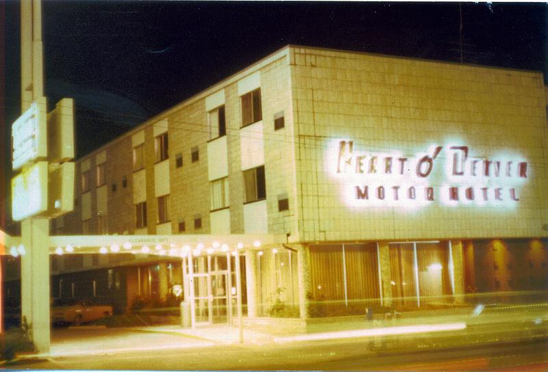 File:Heart o' Denver Motor Hotel - Aug 1975.jpg