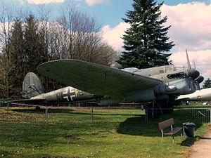 Heinkel HE 111 H16 pic-6.JPG
