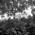 Het dak aan de voorzijde, met ramen - Arnhem - 20401686 - RCE.jpg