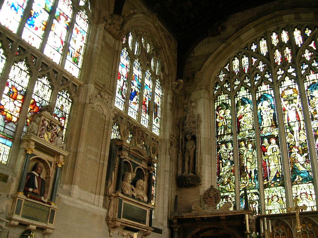 Holy Trinity, Stratford, E. end.jpg