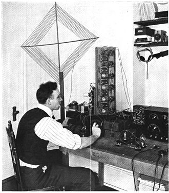 Superheterodyne receiver - One of the first amateur superheterodyne receivers, built in 1920 even before Armstrong published his paper. Due to the low gain of early triodes it required 9 tubes, with 5 IF amplification stages, and used an IF of around 50 kHz.