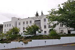 Hood River County Courthouse.jpg