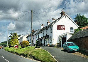 Newton Poppleford - Image: Houses, Newton Poppleford geograph.org.uk 1370376