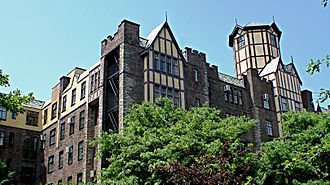 """Hudson Heights, Manhattan - Hudson View Gardens, one of the largest cooperative apartment complexes in the area, is designed in what the AIA Guide to New York City described as the """"Scarsdale Tudor"""" style."""