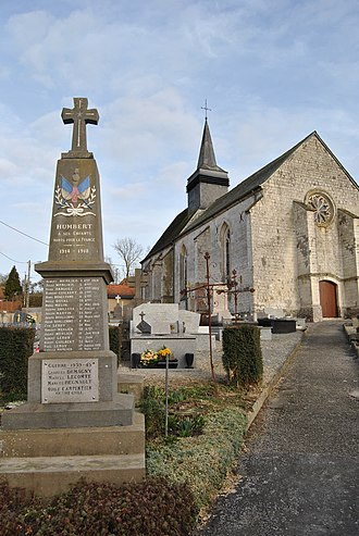 Humbert, Pas-de-Calais - The monument to the dead and church of Humbert
