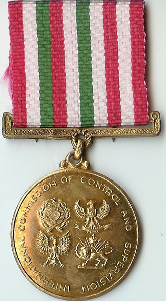 International Commission of Control and Supervision Medal - Image: ICCS service medal front look 18 Nov 1974