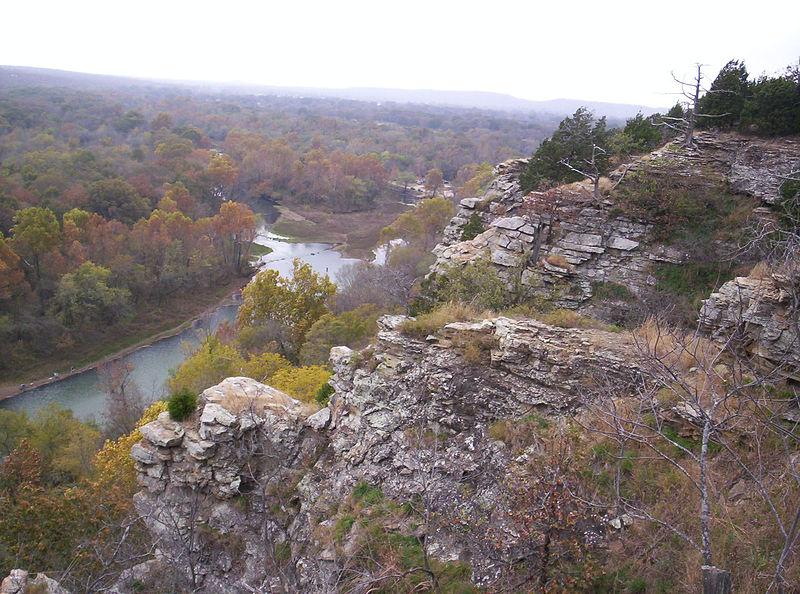 File:Illinois River Oklahoma.jpg
