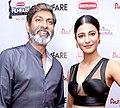 Jagapathi Babu with Shruti Haasan at Filmfare Awards 2014.jpg