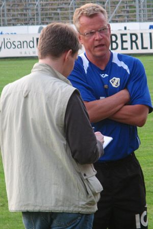 Janne Andersson - Andersson being interviewed during his time as Halmstad BK manager in 2008.