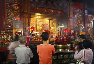 Kim Tek Ie Temple - The main altar of Jin De Yuan prior to the 2015 fire.