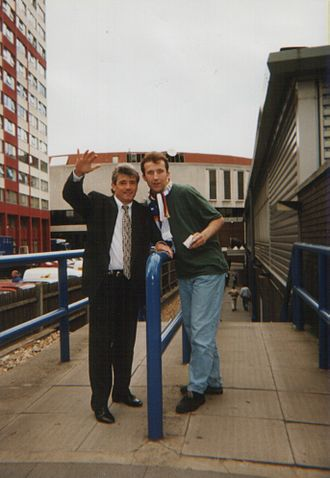 Kevin Keegan - Keegan with a supporter at an HSV match.