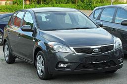 Kia cee'd 1.4 CVVT LX Facelift front 20100617