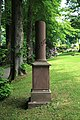 Kierspe - Büscherweg - Friedhof - Grabmal Engstfeld 01 ies.jpg