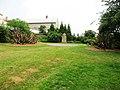 Klimkovice, Zámecká zahrada, pomník (1).jpg