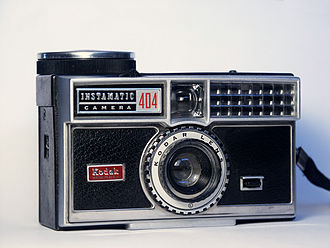 Instamatic - Instamatic 404, with selenium meter-controlled aperture, Cooke triplet lens and spring wind