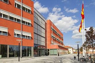 Knivsta - Image: Kommunalhuset i Knivsta nya