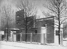 Kriebelhaus Strasse.jpg