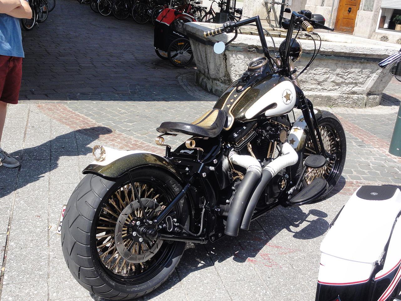 File:Lörrach - Harley custom made bikes (4) JPG - Wikimedia Commons