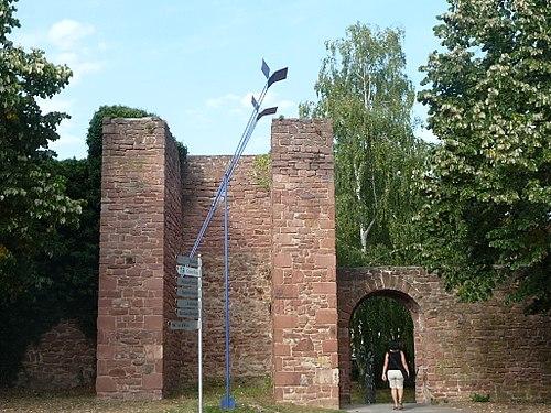Ladenburger-Stadtmauer-06.JPG