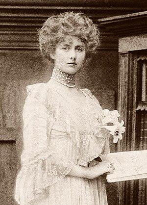Helen Vincent, Viscountess D'Abernon - Lady Helen Vincent
