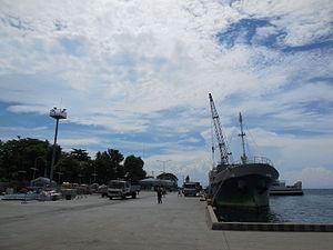 Larena - Image: Larena Port 01