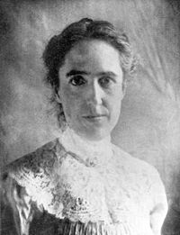 Black-and-white portrait photograph of Henrietta Swan Leavitt