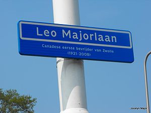 Léo Major - Leo Majorlaan (Léo Major Lane) street sign in the Dutch city of Zwolle. The text reads: Canadian first liberator of Zwolle (1921–2008)