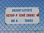 Letiště Ruzyně, vstup přísně zakázán (no a tance).jpg
