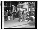 Lindbergh (church at Met. Theater), 6-12-27 LCCN2016843109.jpg