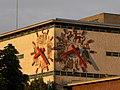 Linz - Uhr der Tabakfabrik in der Abendsonne.jpg