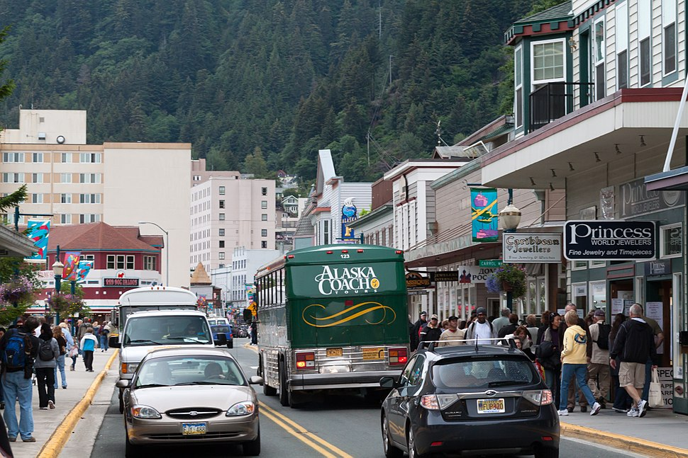 Looking north up S Franklin St., Juneau, AK.jpg