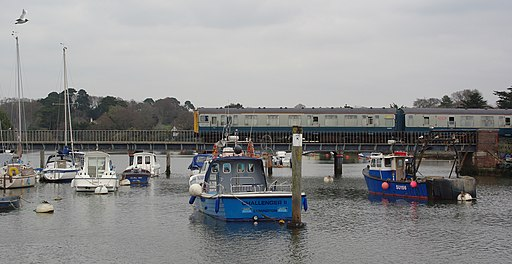 Lymington MMB 07 Harbour 421497