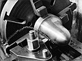 Machine voor metaalbewerking, vermoedelijk een draaibank bij de fa. Gerritsen & , Bestanddeelnr 190-0513.jpg